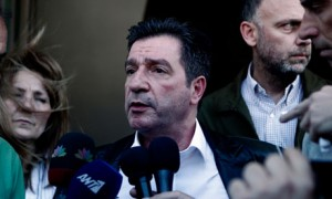 Mayor Giorgos Kaminis lodged a criminal complaint against the Golden Dawn
