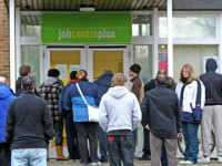 Govt to dock £40 from unemployed