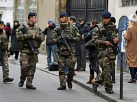France deploys 10,000 troops