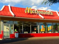 McDonalds to close 700 stores